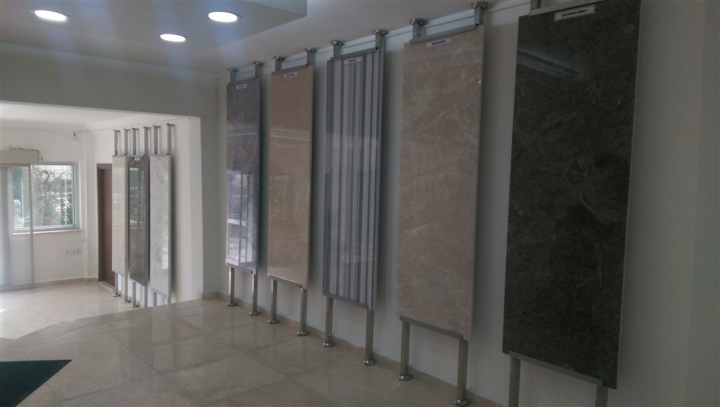 SHOWROOM SLAB